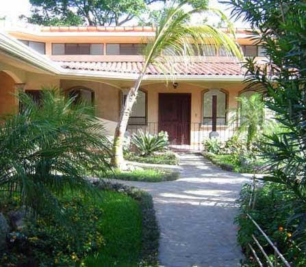 Residencias los jardines condominio para venta alquiler for Jardines costa rica